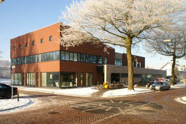 Gezondheidscentrum en kantoor – Beek en Donk